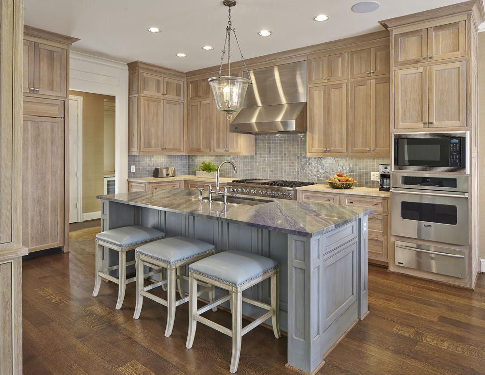 Kitchen with Quartz Counter and Viking Range in Preston Hollow Dallas