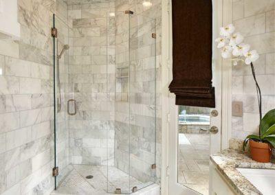 University Park Classic Modern Bathroom Updates