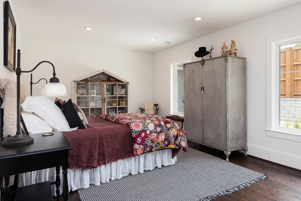 Preston Hollow Garage Addition - Bedroom