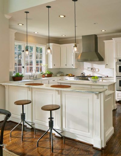 University Park Traditional White Kitchen