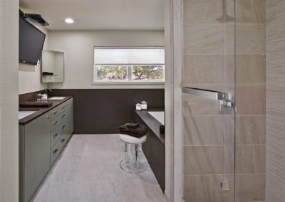 Contemporary Bathroom Remodel in Uptown Dallas