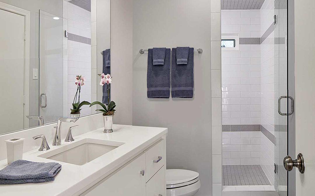 North Dallas Modern Bathroom Makeover